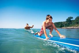 Learn to surf, Sunshine Coast